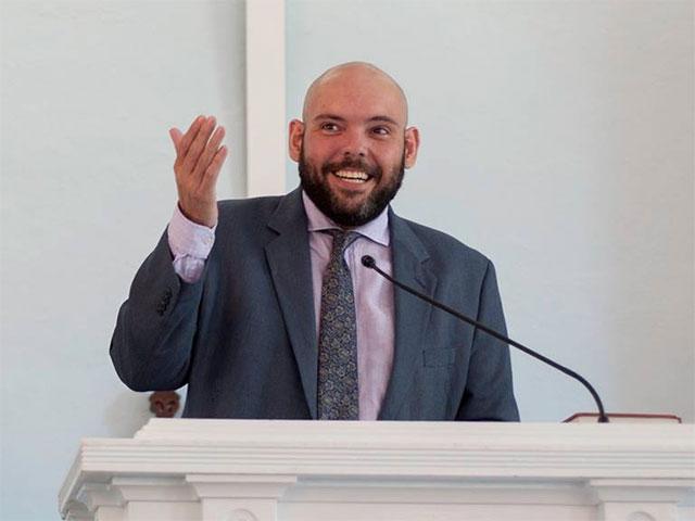 Pastor Mario Freitas